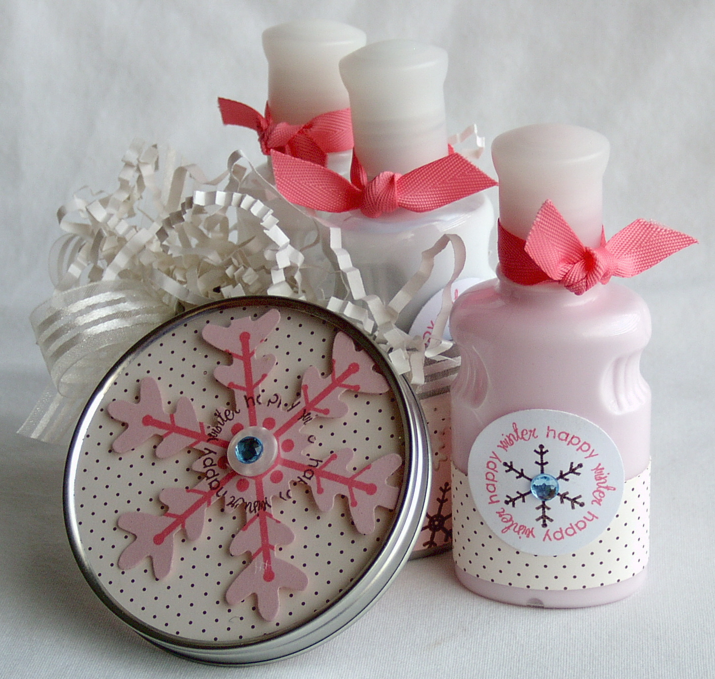 Snowfall Winter Gift set - lotions and lid