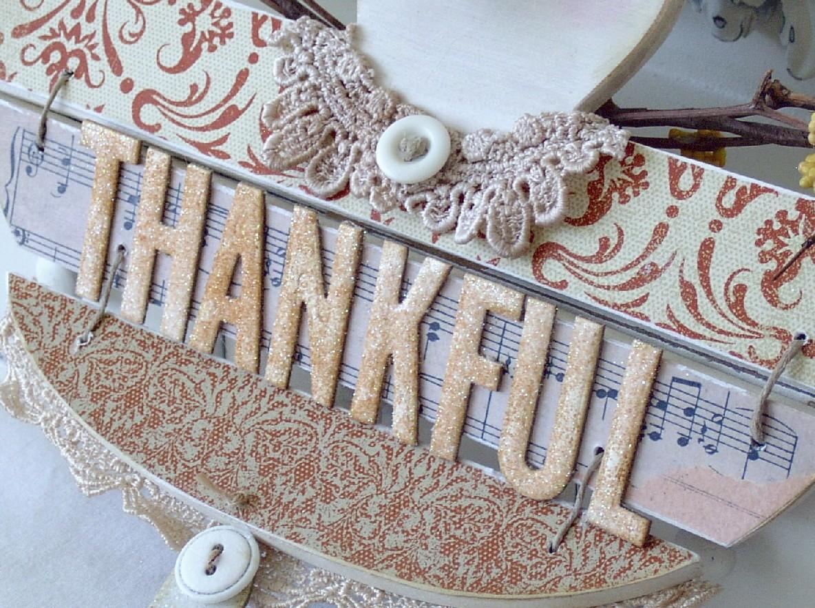 Meliphillips_thankfulangel_view3